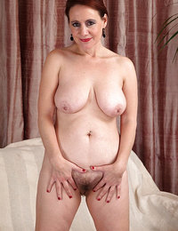 Mature women gallery
