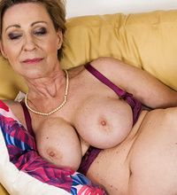 Naked Granny Moms
